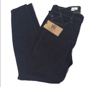 🆕 Rock & Republic dark denim leggings jeans